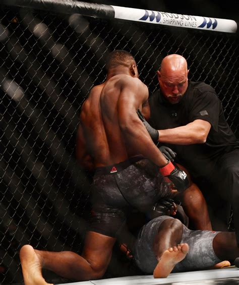 Another break in the action. MMA: UFC 249-Ngannou vs Rozenstruik | MMA Junkie