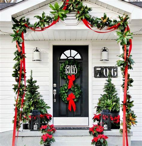 decoration noel pour la porte dentree en  idees faciles
