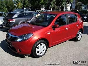 Dacia Sandero 2010 : 2010 dacia sandero 1 6 mpi laureate big deal guarantee 5 j car photo and specs ~ Gottalentnigeria.com Avis de Voitures