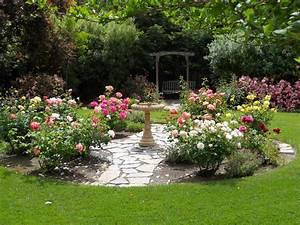Backyard rose garden my outdoors pinterest for Backyard rose garden