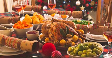 If you're feeling stuck by what to make this year, take a look at these carefully cultivated, easy christmas dinner menu ideas, each based around simple themes to help you choose which kind of christmas dinner best. Wetherspoons 'to axe traditional Christmas dinners' just months after scrapping its popular ...