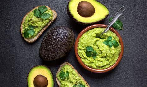Avokado: kas vērtīgs, kā izvēlēties, uzglabāt un gatavot ...