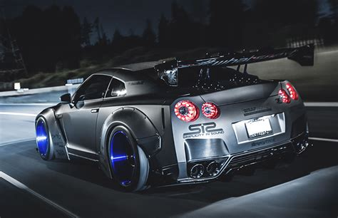 Nissan Gt R R35 Supercar Photo Hd Wallpaper