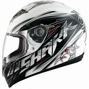 Shark S700 S The S700 Is A Budget Helmet Thats A Step