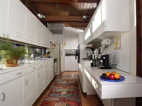 Laminate Countertops  Hgtv. Shaker Style Kitchen Cabinets White. Compact Kitchen Cabinets. Kitchen Cabinet Legs. Kitchen Cabinets Shaker Style White. Kitchen Cabinet Roll Out Drawers. Kitchen Cabinets Kansas City. Kitchen Cabinet Door Panels. Green Kitchen Cabinets Painted