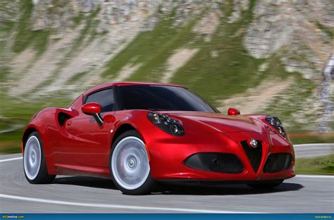 Ausmotive.com » Alfa Romeo 4c In Detail