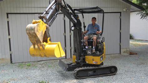 small excavator  dump trailer  hire ladysmith cowichan