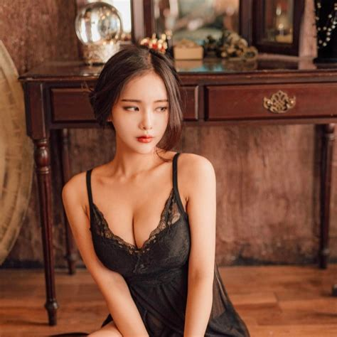 Artis Korea Toket Gede Ji Seong Foto Model Bugil