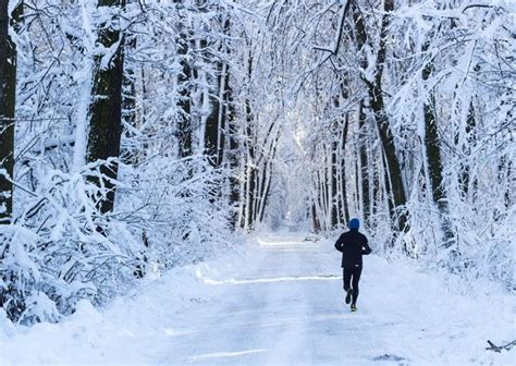 Tips To Embrace The Outdoors And Enjoy Running In Cold Weather