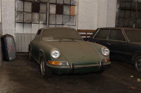 porsche before and after before after 1969 porsche 911t barn find lbi limited