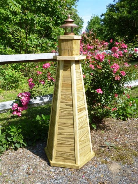 diy lighthouse plans   build   ft wooden lawn