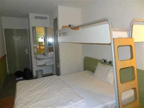 chambre hotel ibis budget ibis budget berlin chambre 1er étage picture of ibis