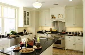 cottage style kitchen ideas cottage kitchens photo gallery and design ideas