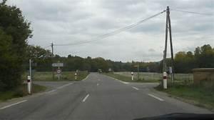 Intersection Code De La Route : tests gratuits du code de la route singnification des balises blanches et rouge intersection ~ Medecine-chirurgie-esthetiques.com Avis de Voitures