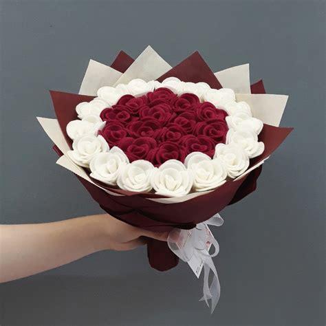 buket bunga flanel kado valentine anniversary wisuda