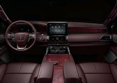 2018 Lincoln Navigator Live Shots Autoverdict
