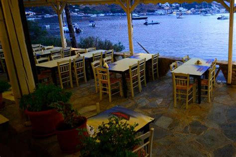 restaurants aquablue kea villas maisonette