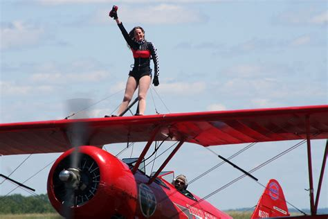 2008 World Advanced Aerobatic Champion Rob Holland and ...
