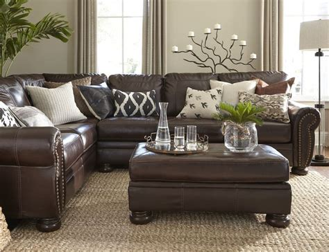 Brown Leather Sectional Living Room Ideas by 25 Best Ideas About Leather Living Rooms On Pinterest