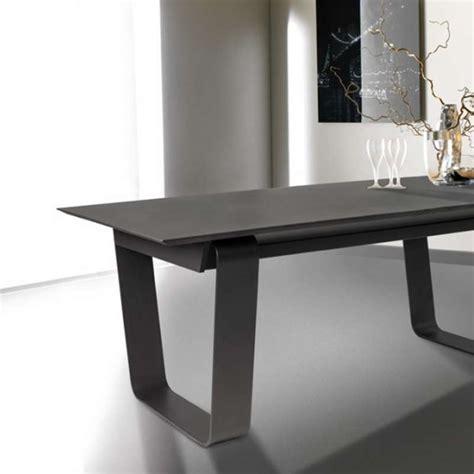 table basse rectangulaire en c 233 ramique et acier cobalt 4 pieds