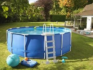 Dimension Piscine Hors Sol : 10 piscines hors sol rapides installer ~ Melissatoandfro.com Idées de Décoration