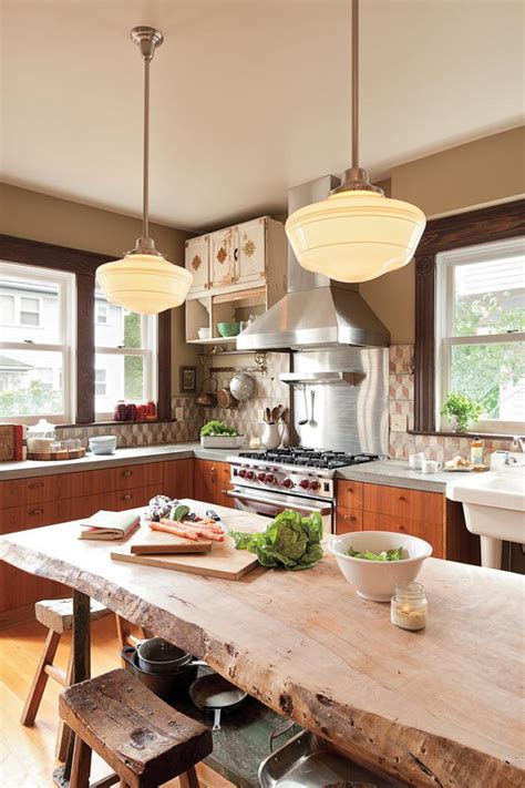 table cuisine bois brut décorez vos intérieurs avec une table rustique