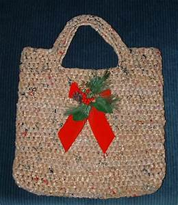 Recycled Christmas Gift Bag Ideas