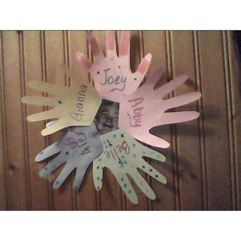 preschool crafts on friendship handprint wreath 147   ff033dfab56086aaecedc2fac62c7d7f3bf704ae large