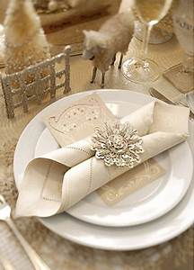 Picture of beautiful christmas wedding table setting ideas for Wedding photography settings