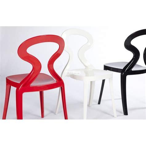 chaises cuisine blanches chaise de cuisine noir ou blanc par gaber