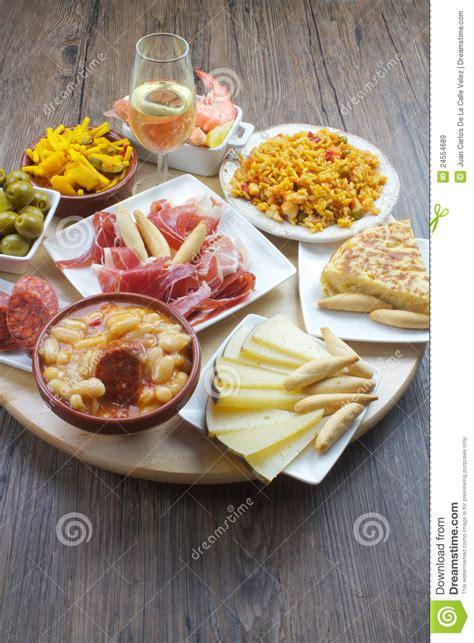 cuisine espagnole tapas tapas espagnols images libres de droits image 24554689