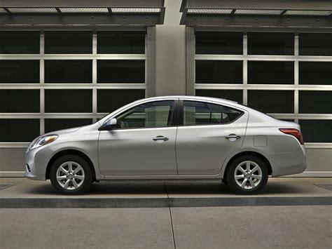 2015 Nissan Versa  Price, Photos, Reviews & Features