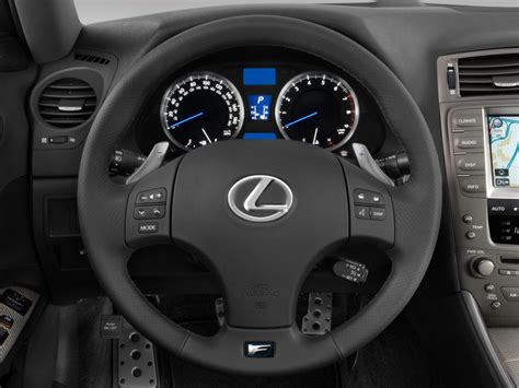 image  lexus    door sedan steering wheel size