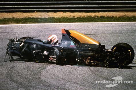 Roland Ratzenberger, Simtek involved in a fatal crash at