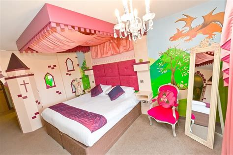 Princess Suite  The Gulliver's Hotel, Warrington