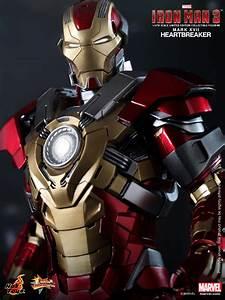 Hot Toys - Iron Man 3 - Heartbreaker (Mark XVII) Limited ...