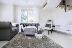 wohnzimmer in weiss grau wohnzimmer farb kombinationen mit grau