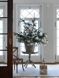 Geschmückte Weihnachtsbäume Christbaum Dekorieren : ein weihnachtsbaum f r alle f lle sweet home ~ Markanthonyermac.com Haus und Dekorationen