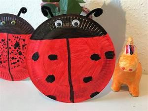 Kinder Basteln Sommer : marienk fer aus pappteller mit kindern basteln der familienblog f r kreative eltern ~ Buech-reservation.com Haus und Dekorationen