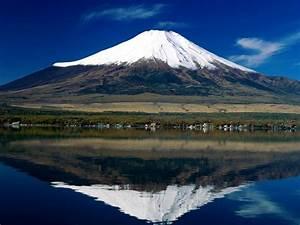 Mount Fuji - Mountain in Japan - Thousand Wonders