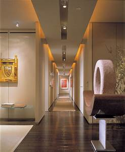 Led lighting in a hallway - Home lighting design ideas