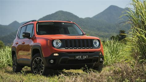 Jeep Car : 2015 Jeep Renegade Review