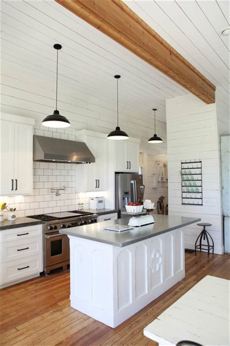 Farmhouse Kitchen Countertops by 15 Amazing White Modern Farmhouse Kitchens City Farmhouse