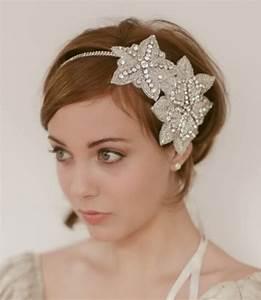 Memorable Wedding Headpiece Styles For Short Hair