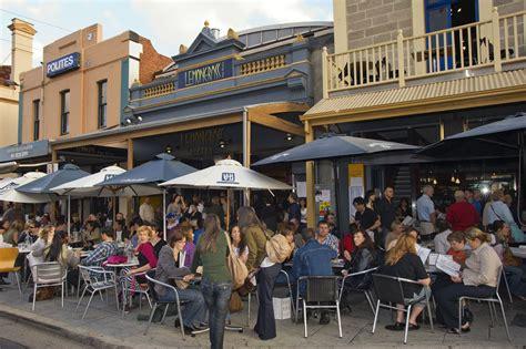 cuisine location choosing a successful restaurant location