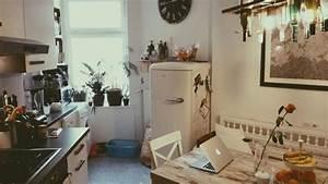 Küche Gemütlich Einrichten : gem tlich eingerichtete berliner k che mit sch nem altbauflair wg berlin altbau k chen ~ Markanthonyermac.com Haus und Dekorationen