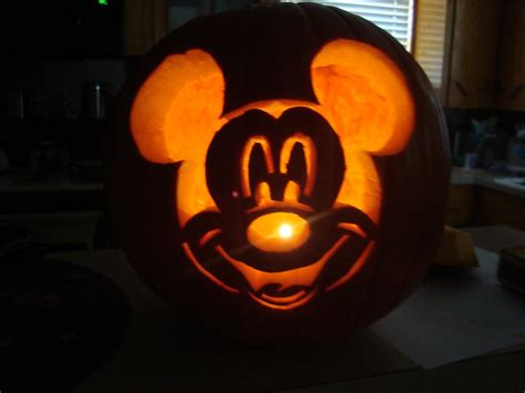 mickey mouse pumpkin ideas the schindewolf squad pumpkin carving