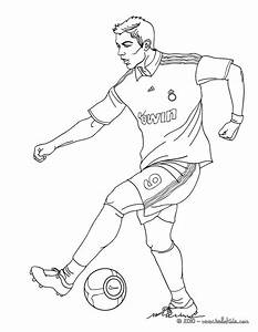 Christiano Ronaldo Playing Soccer Coloring Pages