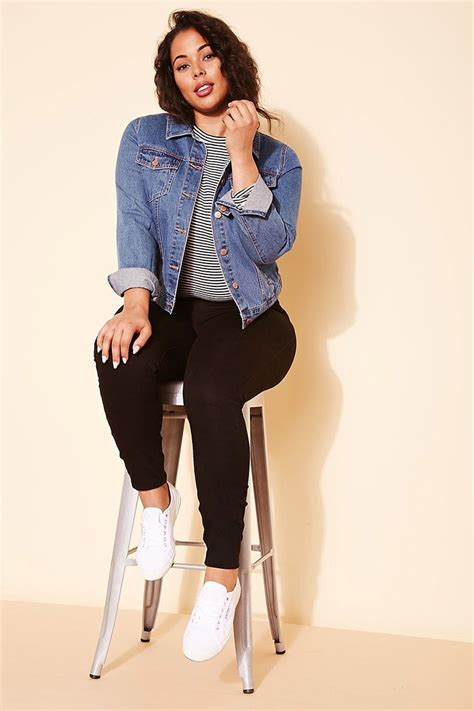 Plus Size Denim Jacket | Forever 21 PLUS - 2000217366 | Outfits (fall/winter) | Pinterest ...