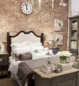 Dekorieren Im Shabby Look : dekoideen f r die ziegelwand im schlafzimmer und eine ziegelwand als deko freshouse ~ Markanthonyermac.com Haus und Dekorationen